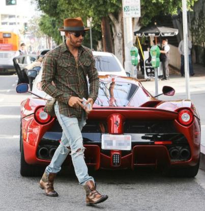 Photo of Vince Carter  - car